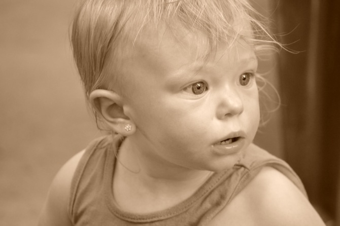 baby-bright-eyed-wonder