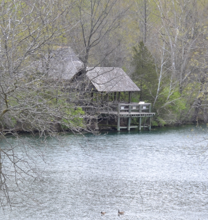 house-onthe-river